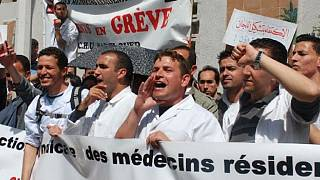 Algérie : les médecins ''résidents'' durcissent leur grève