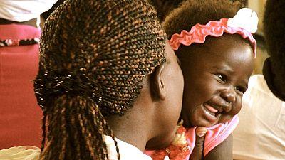Egalité des sexes : au Nigeria, les congés de paternité peuvent attendre