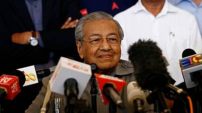 Malaysia elects world's oldest leader, 92 year old Mahathir Mohamad