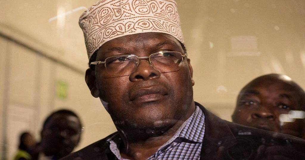 Miguna Miguna set for showdown with gov't as he returns to Kenya