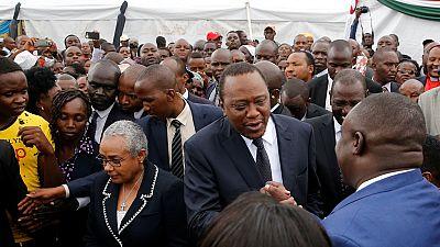 Le président kényan rend hommage aux victimes de Solai