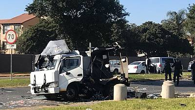 Cash van bombed in South Africa, criminals loot cash in sacks