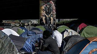 """""""Osons la fraternité"""" : appel en France d'écrivains et intellectuels pour les migrants"""