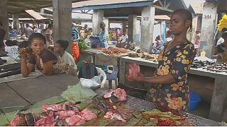 Les vendeurs de la viande brousse en République démocratique du Congo s'inquiètent de l'avenir de leur business à cause de l'épidémie d'Ebola