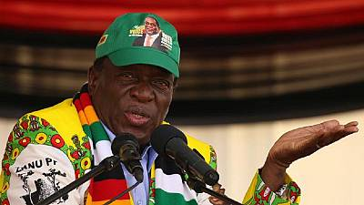 Zimbabwe prison officer summoned over disloyal tweet to president