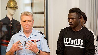 Mamoudou Gassama, d'une vie de galère aux sapeurs-pompiers français