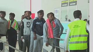Somali migrants return home from Libya