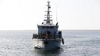 Migrants : l'Italie annonce qu'elle va sequestrer deux navires d'ONG allemandes