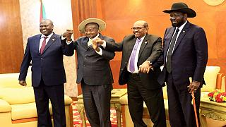 South Sudan rivals sign peace deal, effective after 72 hours