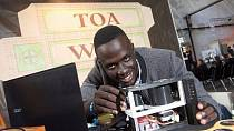 Africa engineering prize winner plans to help fight malaria with bloodless test