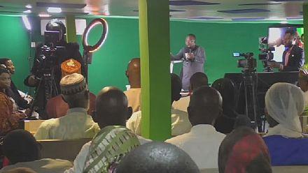 Nigerians turn to radio shows to seek justice
