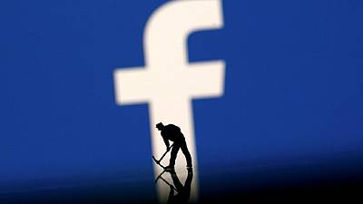 Egypt jails tourist for Facebook post