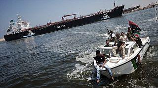 Libye : quatre personnes enlevées sur un champ pétrolier au sud