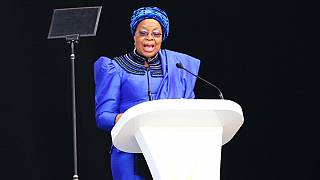 Graça Machel rend hommage à Nelson Mandela