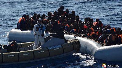 Naufrage de migrants en Libye : le temps des accusations et des démentis
