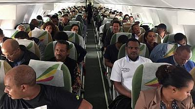 Champagne as historic flight links Ethiopia with Eritrea