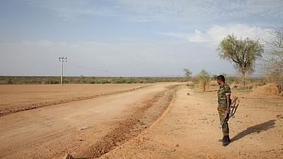 Eritrean press say its troops have withdrawn from Ethiopia border