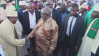 """Comores : le président appelle à voter pour le """"oui"""", lors d'un rassemblement"""