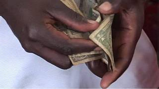 Zimbabwe's cashless economy hampers businesses
