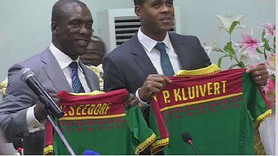Cameroun : Seedorf et Kluivert à Yaoundé