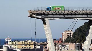 En photos, l'écroulement d'un pont en Italie qui a fait au moins 39 morts