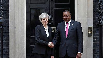 Theresa May au Kenya pour sa première visite en Afrique