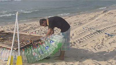 Palestinian fisherman makes environmentally-friendly boats from plastics