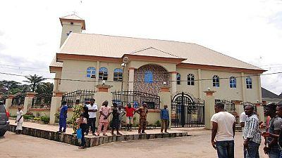 Nigeria: un prêtre traditionnel arrêté pour avoir « maudit » des meurtriers présumés