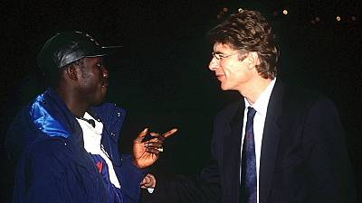 George Weah critiqué pour sa décision de décorer Arsène Wenger et Claude Le Roy