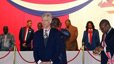 Arsène Wenger et Claude Le Roy en héros au Liberia