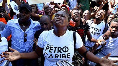 Haïti: des centaines de personnes dénoncent la corruption