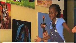 Kenya : à 9 ans, elle est déjà une déesse dans l'art du dessin