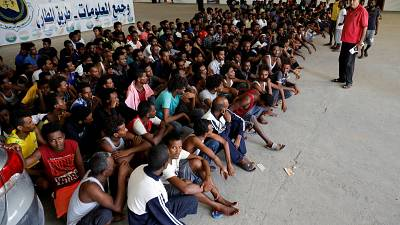 Libya: migrants in new shelter amidst clashes