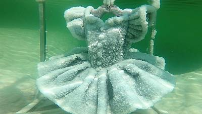 Israel: frozen crystal beauty in the Dead Sea