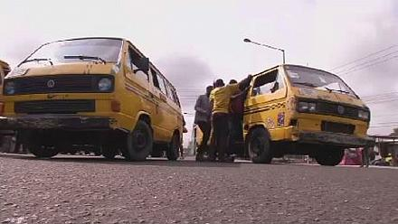 Nigerian artists draw inspiration from chaotic transport system