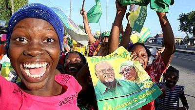 """Tanzanie : le président appelle les femmes à """"abandonner"""" la contraception"""