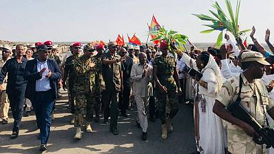 Ethiopians and Eritreans celebrate historic reopening of borders