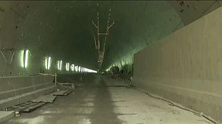 Canal de Suez : de nouveaux tunnels en construction