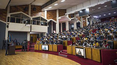 Au Rwanda, Kagame menace les opposants récemment libérés