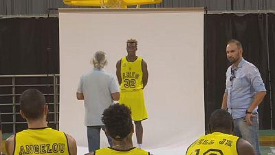 Christ Wamba, un migrant congolais basketteur en Grèce
