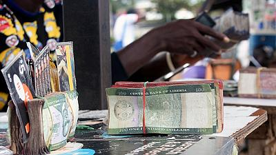 """Billets de banque """"disparus"""" au Liberia : contradictions au sein du gouvernement"""