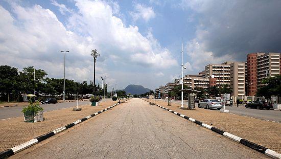 nigeria buhari revient au pays apr s un s jour sanitaire au rh fr africanews com