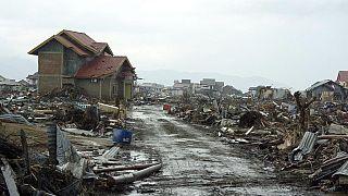 Les graves conséquences du séisme et du tsunami en Indonésie