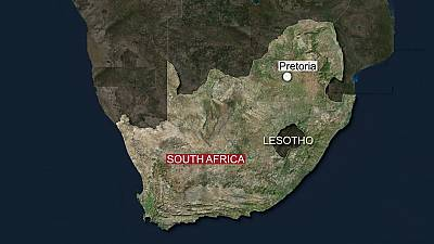Train collision in South Africa injures 320 people