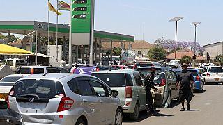 Zimbabwe : arrestation en masse de syndicalistes manifestant contre la crise