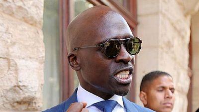Afrique du Sud : le ministre de l'Intérieur dit être victime d'un chantage à la sextape
