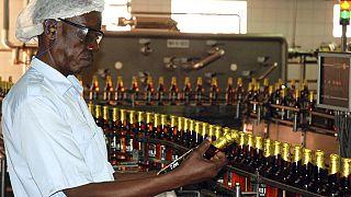 En Ouganda, une nouvelle taxe sur l'alcool pour financer la lutte contre le VIH