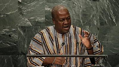 Slap by ex-Ghana president's guard gives journalist eye infection