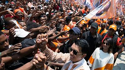 Madagascar elections: Rajoelina hopes to 'save country'.