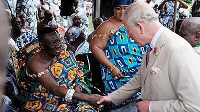 """Au Ghana, le Princes Charles regrette le rôle britannique dans """"l'atrocité"""" de l'esclavage"""